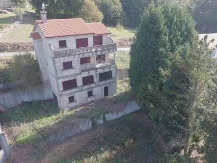 Casa en venta en Outes zona Fontemourente