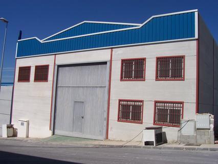 Almacén en alquiler en Dúrcal zona Marchena comercializa Inmobiliaria INMODOSMIL