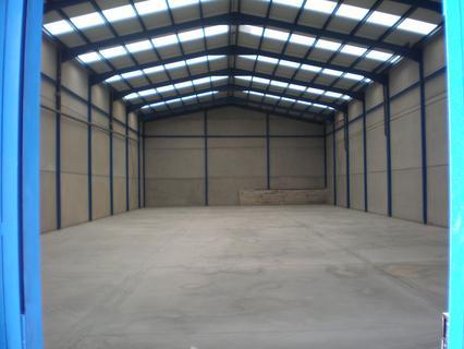 Nave industrial en alquiler en Padul comercializa Inmobiliaria INMODOSMIL