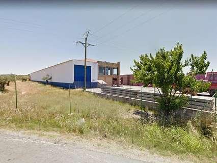Nave industrial en venta en Torrejoncillo comercializa Inmobiliaria Urbis Gestión