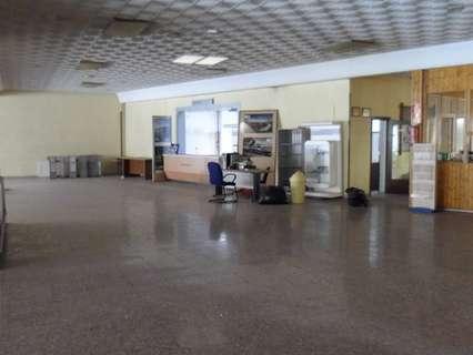 Local comercial en venta en Linares, rebajado