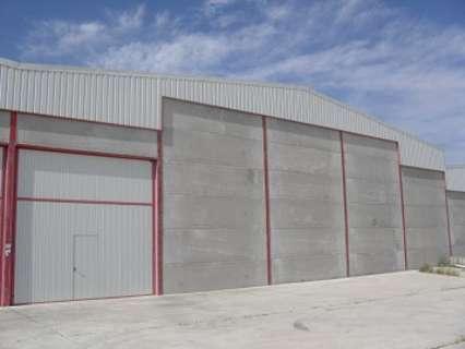 Nave industrial en venta en Zarza de Tajo, rebajada