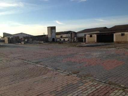 Nave industrial en venta en Medina del Campo, rebajada