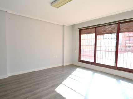 Oficina en alquiler en Cáceres