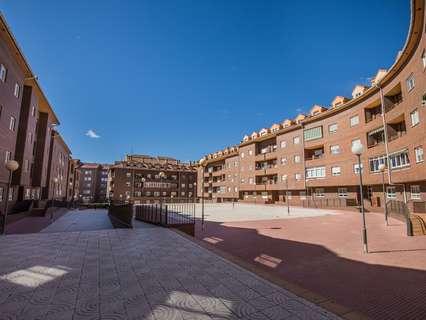 Plaza de parking en venta en Ávila, rebajada