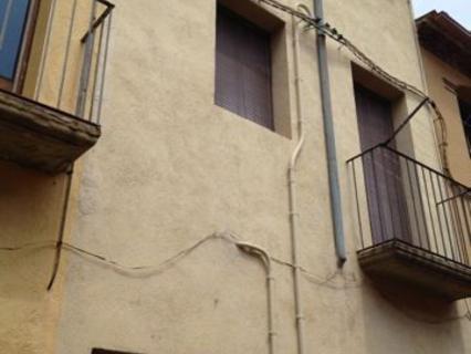 Edificios en venta en Centelles