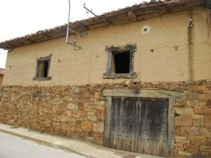 Casas en venta en Destriana
