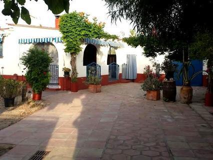 Casa rústica en venta en Oliva, rebajada