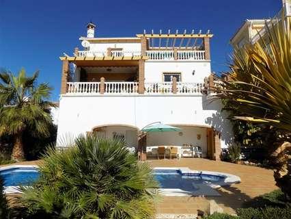 Villa en venta en Vélez-Málaga zona Benajarafe, rebajada