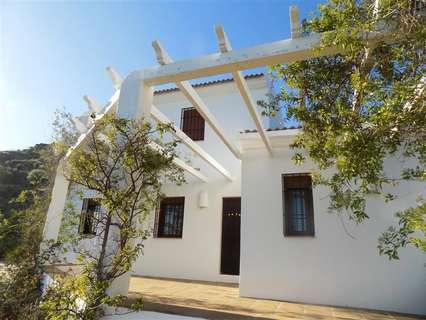 Villa en venta en Arenas, rebajada