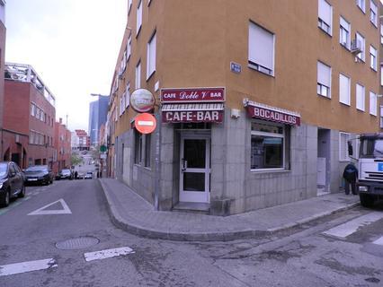 Local comercial en venta en Madrid zona Valdeacederas
