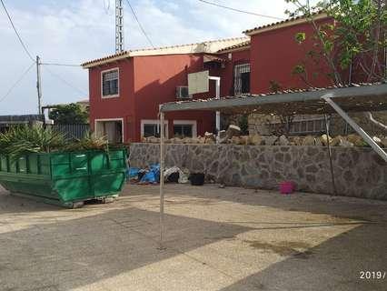 Chalet en venta en La Nucía, rebajado