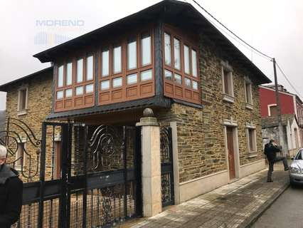 Casa en venta en O Incio