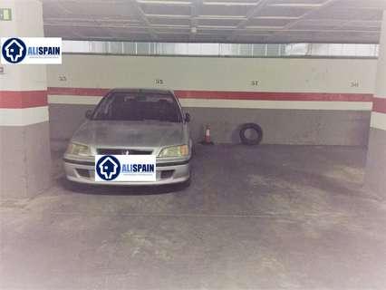 Plaza de parking en venta en Alicante, rebajada
