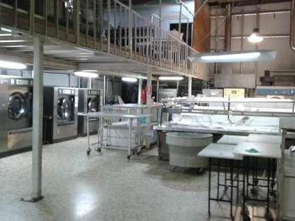 Nave industrial en venta en Santiago de Compostela