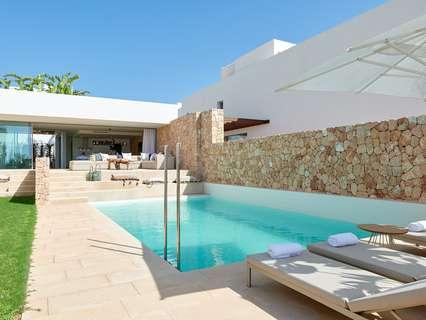 Villa en venta en Sant Josep de sa Talaia, rebajada