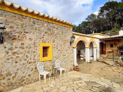 Casa rústica en alquiler en Sant Antoni de Portmany, rebajada